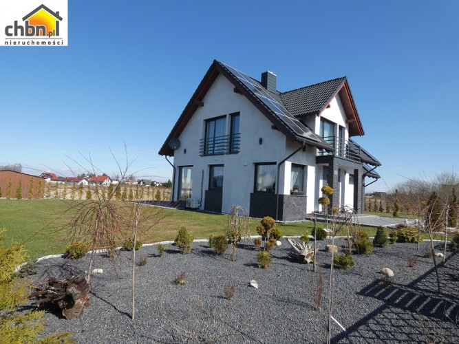 Nowy, piękny i nowoczesny dom !!