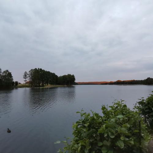 Apartamenty i pokoje 6 metrów od jeziora